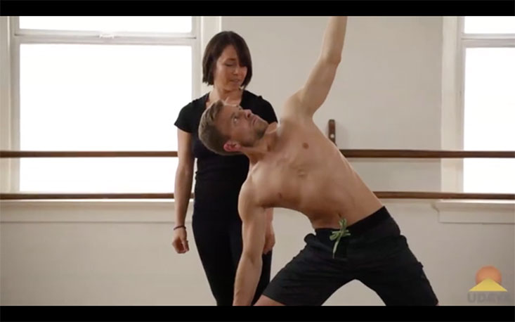 How To Do Triangle Pose