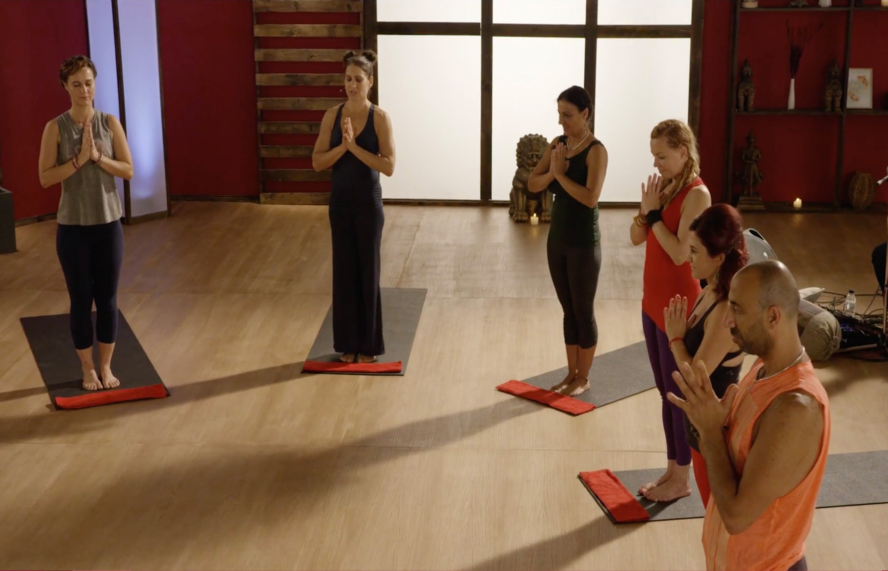 UDAYA Classes for Beginners - Make use of 5 minute asana tutorials
