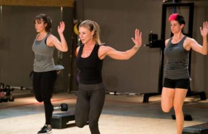 Sharon Polsky teaches Unleashed fitness on UDAYA