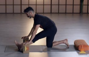 How To Stretch Hamstrings